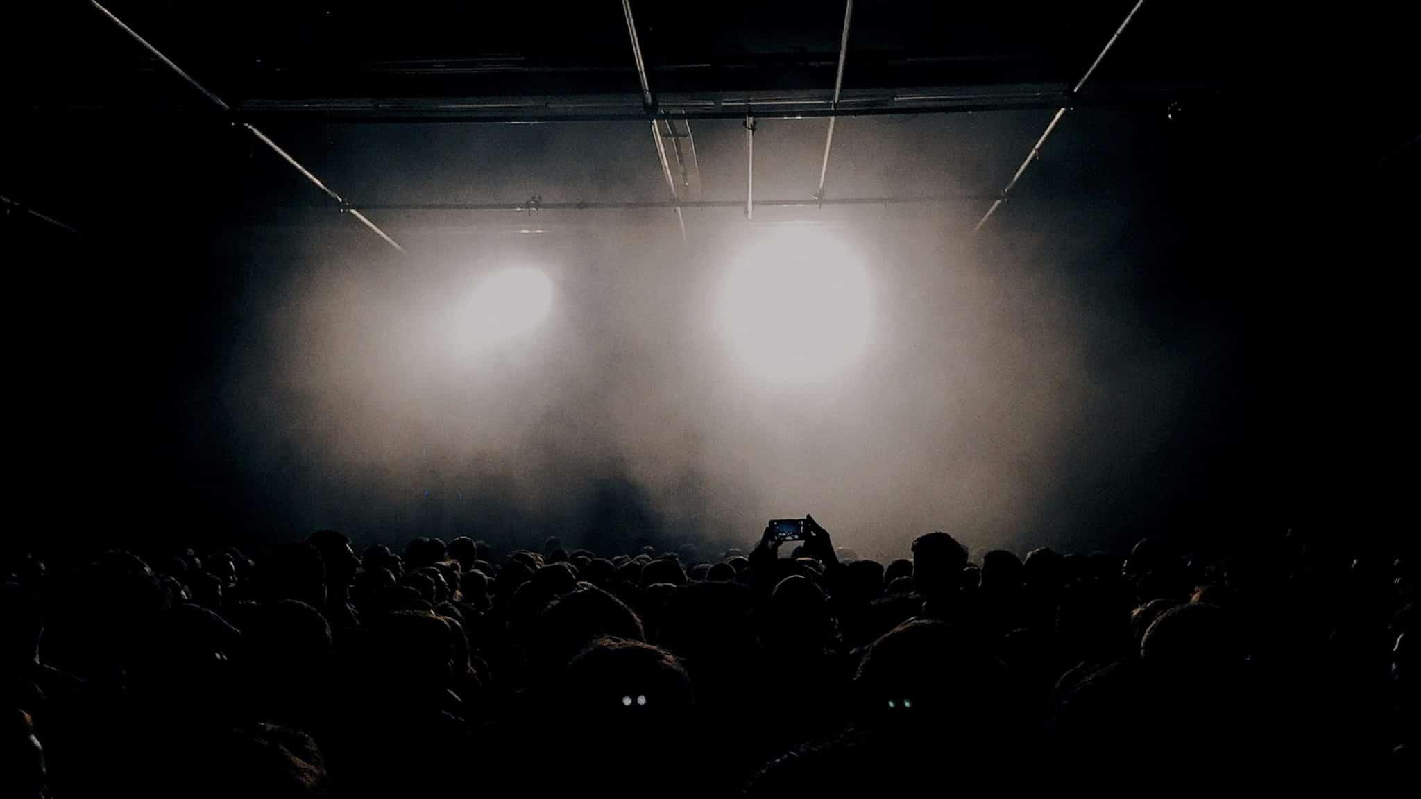 DJ Logo Design crowd